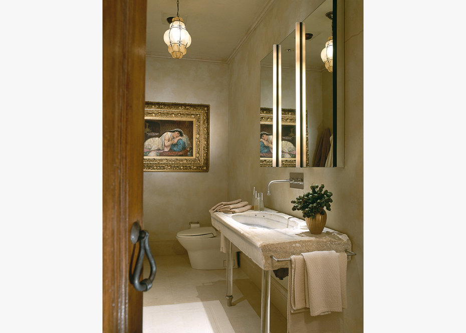 ROBB REPORT, Bathroom