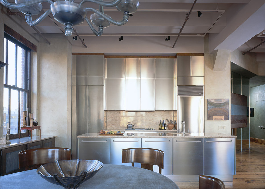 ROBB REPORT, Dining Room, Kitchen