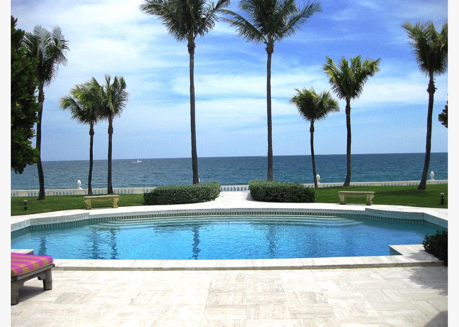 Pool, AD Brazil, Casa et Jardim, Published